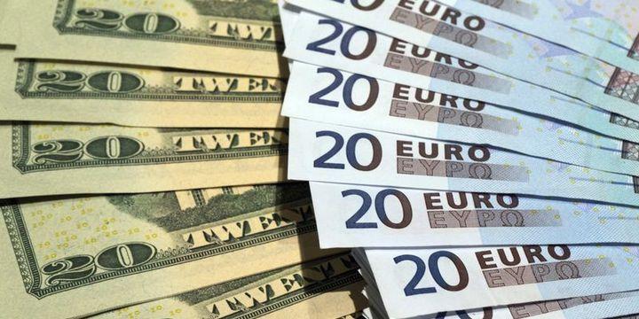 """Euro """"tapering"""" haberleri ile kayıplarını geri aldı"""
