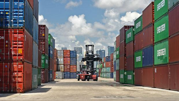ABD'de dış ticaret açığı Ağustos'ta beklentiyi aştı