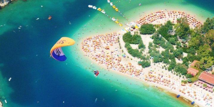 Nabi Avcı'dan turizmcilere charter müjdesi