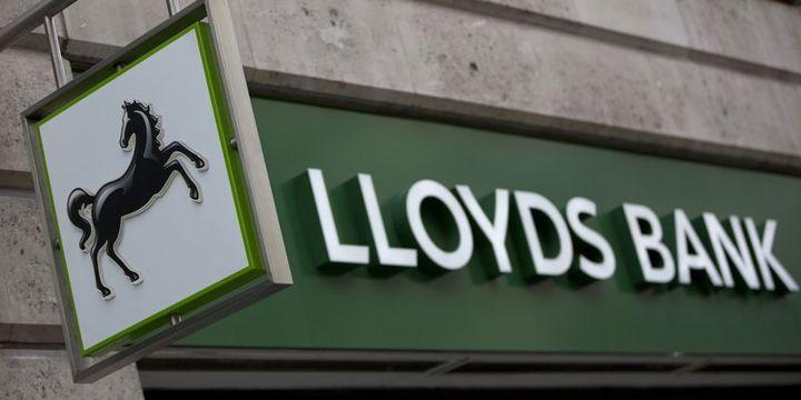 İngiltere Lloyd's'taki hisselerini satıyor