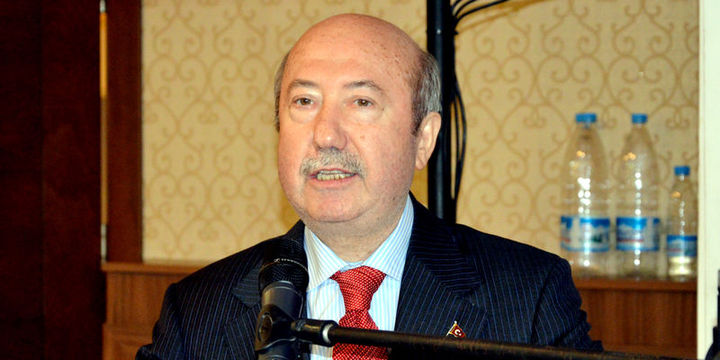 Eski Maliye Bakanı Kemal Unakıtan hayatını kaybetti