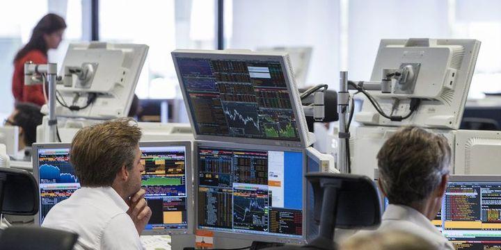 """Avrupa hisseleri yatırımcıların """"kar"""" endişeleriyle düştü"""