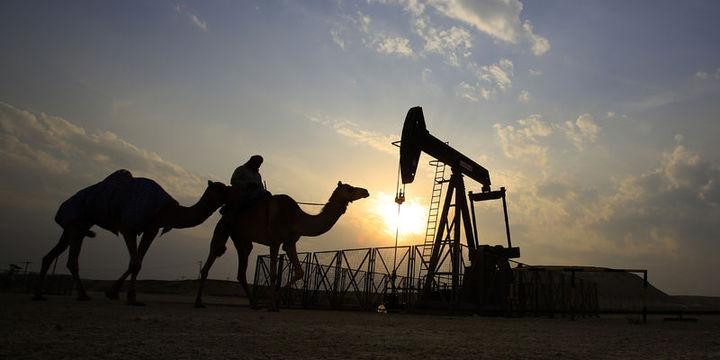 """Petrol """"stok"""" verisi sonrası yükseldi"""