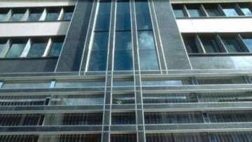 Akbank'tan 3,7 milyar TL'lik konsolide net kar