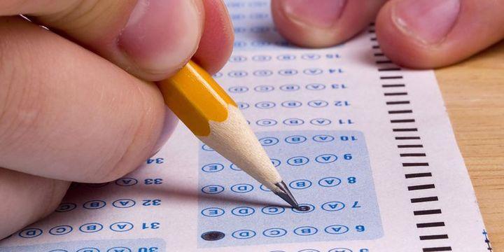 Kamuda yükselme sınavlarında başarı puanı düşürüldü