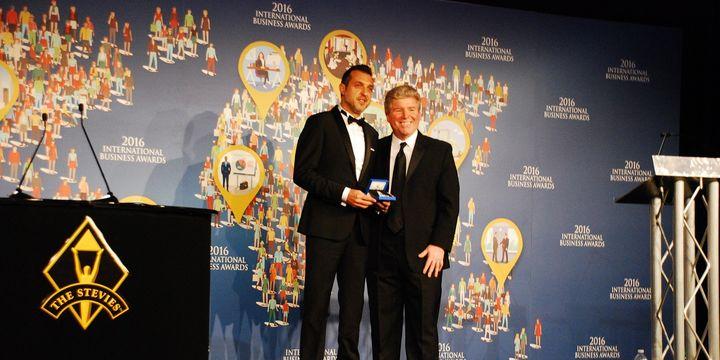 İDO, Stevie gümüş ödülünü Türkiye