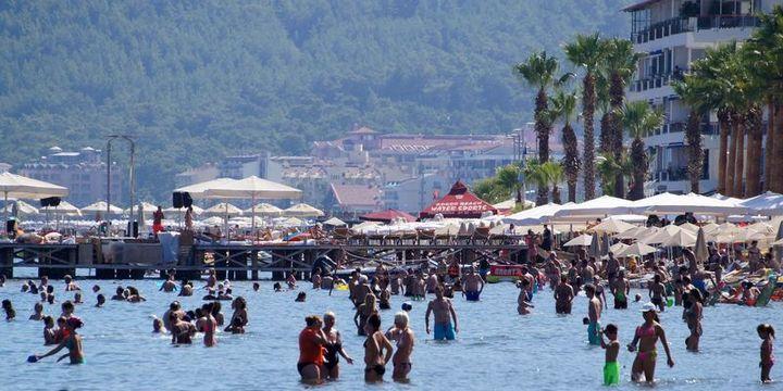 Türkiyenin turizm geliri, üçüncü çeyrekte yüzde 32,7 azaldı