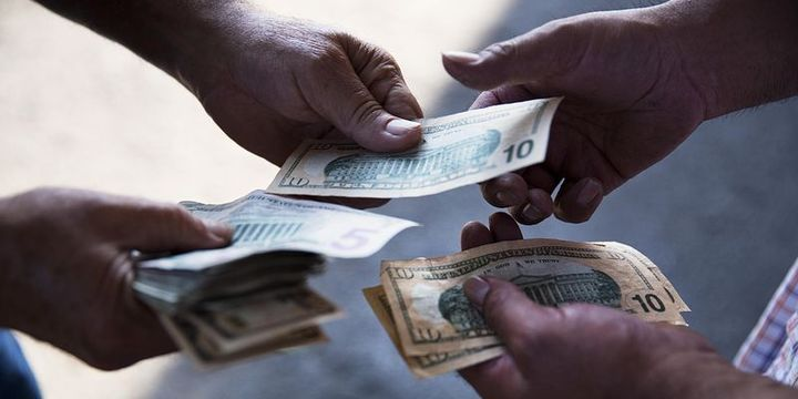 ABD'de kişisel harcamalar 3 ayın en büyük artışını kaydetti