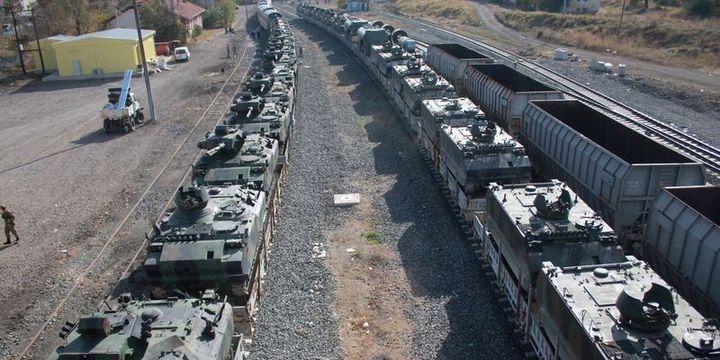 Sınıra askeri araç ve personel sevkiyatı sürüyor