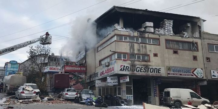 Sultanbeyli sanayi sitesinde patlama meydana geldi