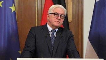 Almanya'da Steinmeier cumhurbaşkanlığına aday gösterildi