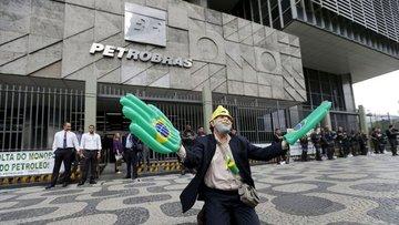 Brezilya'da yolsuzluk soruşturmasında eski Rio valisi göz...