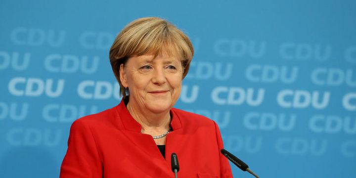Merkel 4. kez başbakanlığa aday olacak