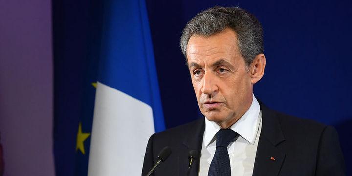 Fransa'da Sarkozy cumhurbaşkanlığı ön seçiminde elendi