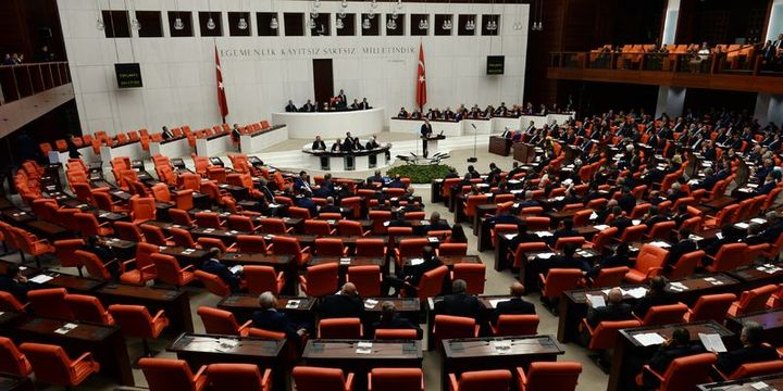 AK Parti cinsel istismar önergesinden geri adım atmadı