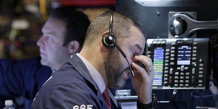 ABD hisseleri rekor seviyelerinden geriledi