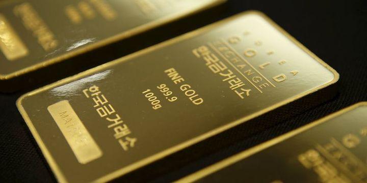 """Altın güçlü """"dolar"""" ile 1,200 doların altına indi"""