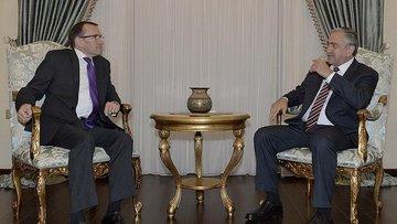 Kıbrıs'ta çözüm için görüşmeler devam edecek