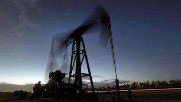 """""""OPEC anlaşmazlığı petrolü 40 doların altına itebilir"""""""