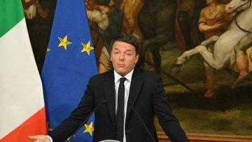 """İtalya'da referandumdan """"hayır"""" çıktı, Başbakan istifa ka..."""