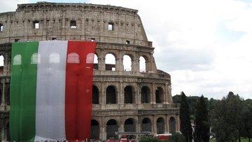 İtalyan varlıkları siyasi belirsizlik ile düştü