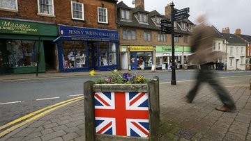 İngiliz Hazinesi'ne finans sektöründen 71,4 milyar sterli...