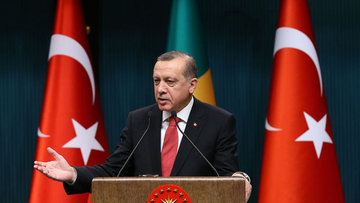 Erdoğan: Döviz spekülasyonuyla ekonomimiz çökertilmeye ça...
