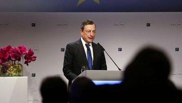 AMB Başkanı Draghi basın toplantısında konuştu
