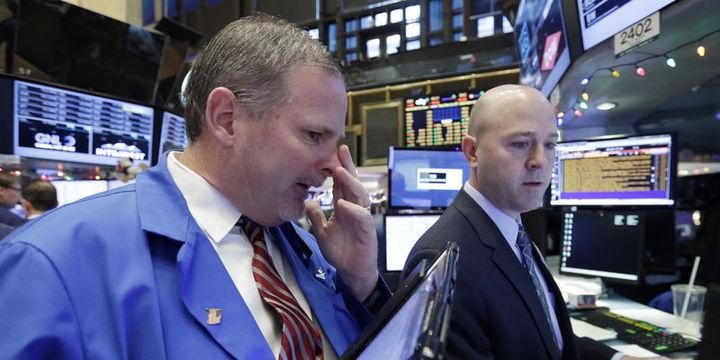 Küresel piyasalar: ABD hisseleri emtia ile yükselirken dolar geriledi