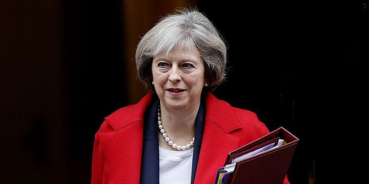 İngiltere Başbakanı May: AB'yi terk ediyoruz