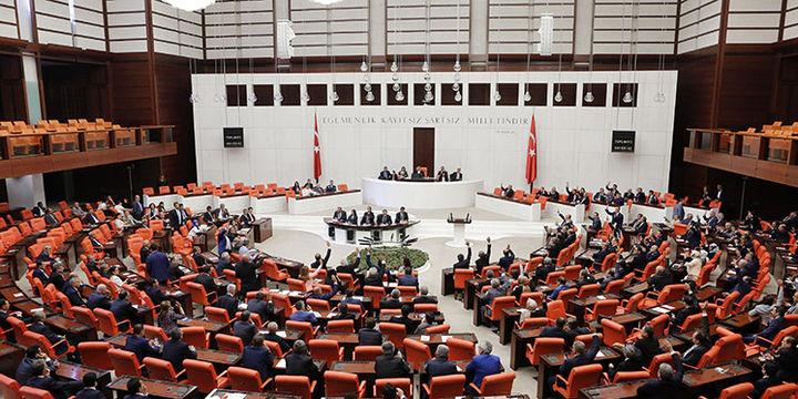 Anayasa değişiklik teklifi görüşmeleri Genel Kurulda başladı