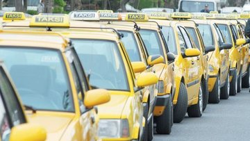 Taksilerde 'indi-bindi' fiyatı düzenlemesine itiraz