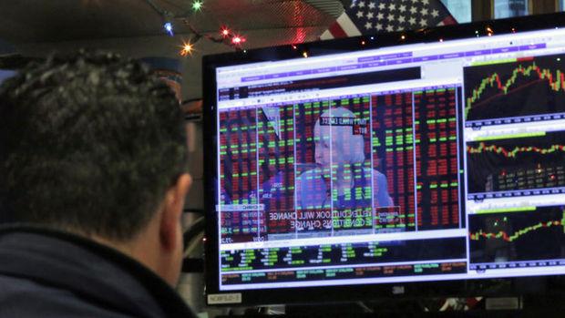 """Küresel piyasalar: Hisseler """"Trump"""" sonrası yükselirken dolar geriledi"""
