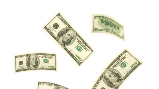 Dolar/TL kritik MB kararı öncesi yükseliyor