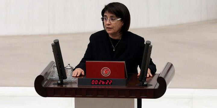 Leyla Zana gözaltına alındı