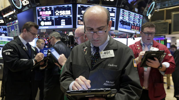 Küresel piyasalar: Avrupa hisseleri yükselirken sterlin değer kazandı