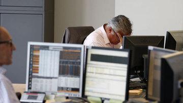 Küresel piyasalar: Dolar ve hisseler yükselirken altın düştü