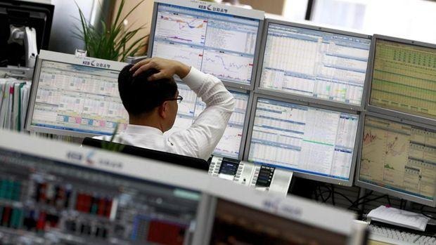 Küresel Piyasalar: Dolar Trump öncesi zayıflarken hisseler kazancını geri verdi