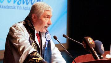 Ege Üniversitesi Rektörü Prof. Dr. Hoşcoşkun açığa alındı