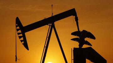 """Petrol """"stok"""" verisi öncesi 54 dolar civarında seyretti"""