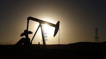 Rusya petrolün 40 dolara düşeceğini öngörüyor