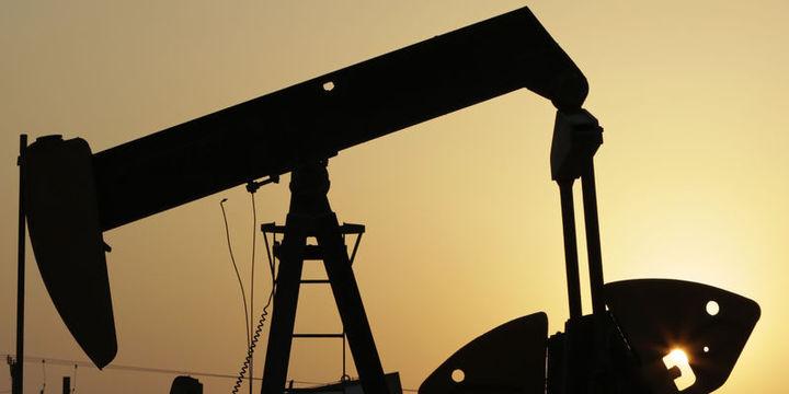 Petrol ABD sondaj kuyusu sayısının artması ile geriledi