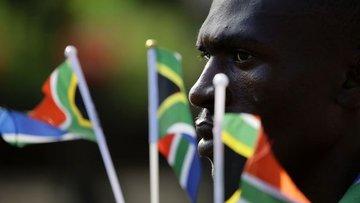 """G. Afrika'da 17 banka """"manipülasyon"""" nedeniyle protesto e..."""