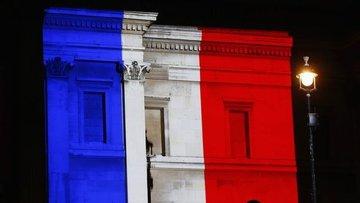 Fransa cumhurbaşkanlığı seçiminin ilk turu için sandık ba...