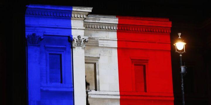 Fransa cumhurbaşkanlığı seçiminin ilk turu için sandık başında