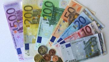 Euro Fransa Cumhurbaşkanlığı seçimi ardından 5 ayın zirve...