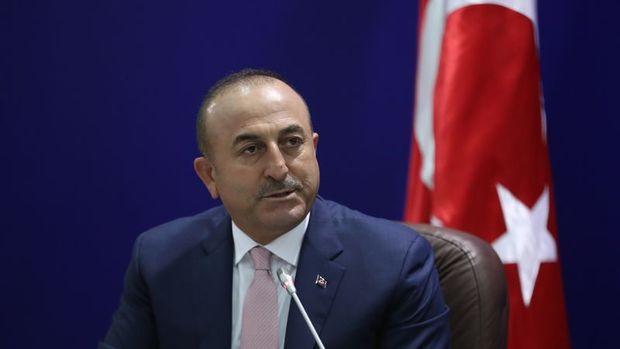 Çavuşoğlu: Rusların Türkiye'deki vizesiz kalma süresini 90 güne çıkarıyoruz