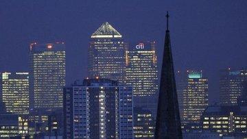 İngiltere'den çok sayıda finans kuruluşu çıkışa hazırlanıyor