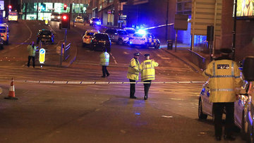 İngiltere'de Manchester Arena'da patlama: 19 kişi hayatın...