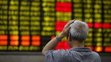 """Çin hisseleri """"not indirimi"""" ardından 7 ayın düşüğünü gördü"""